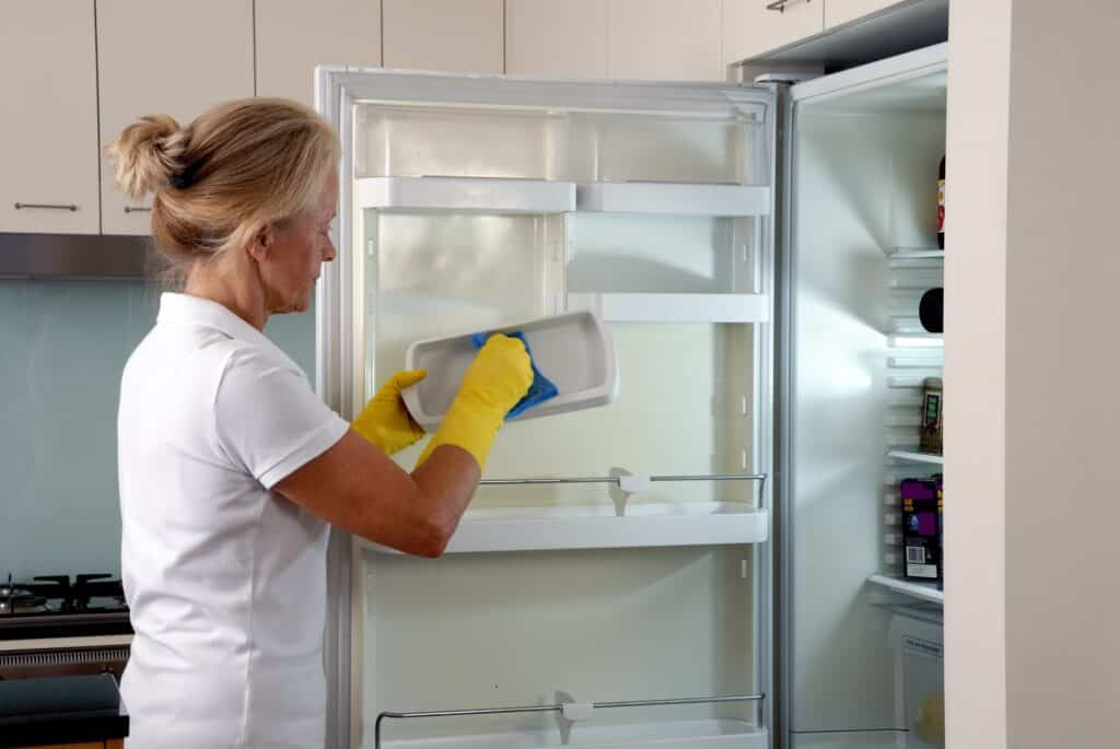deep cleaning maid services